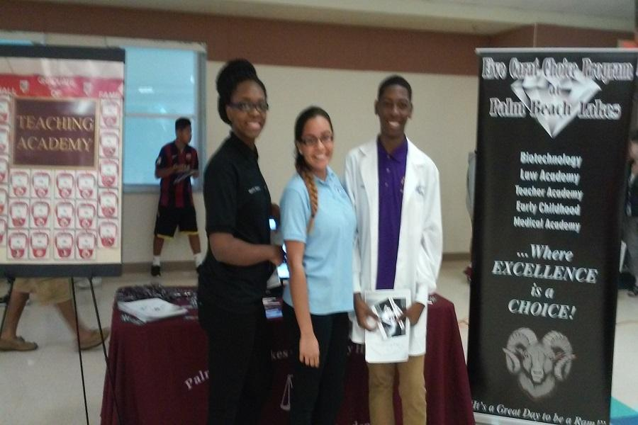 FCCP Recruits IB Students at Conniston Middle