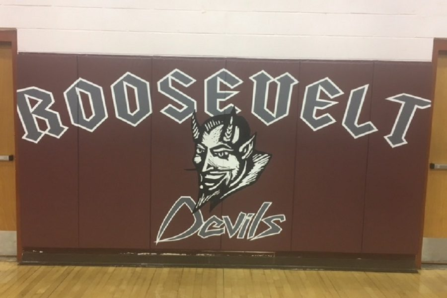 FCCP Visits the Maroon Devils at Roosevelt Middle!